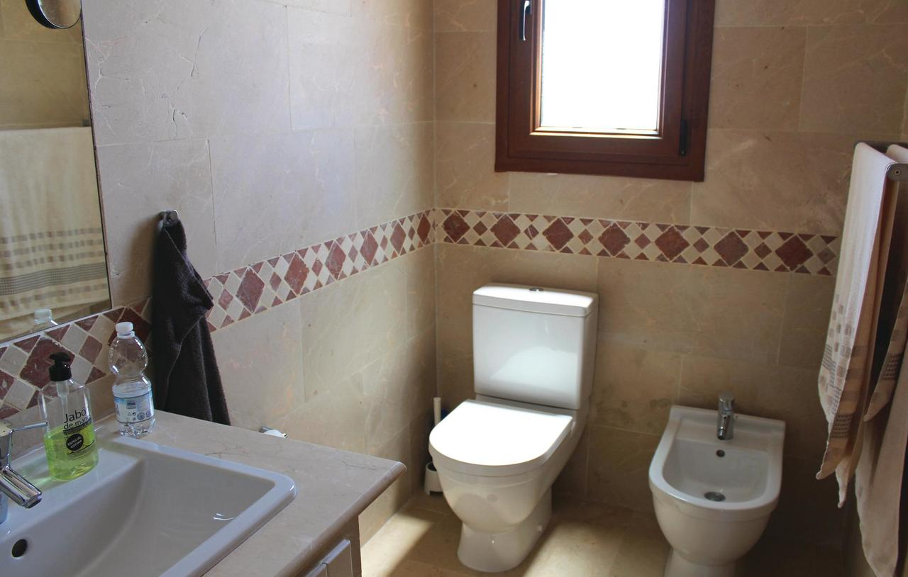 Full Size of Two Bedroom Holiday Home In Algorfa Spanien Bookingcom Wohnwert Betten Günstige 140x200 200x220 Mannheim Meise Amazon 180x200 Berlin Tempur Massiv Für Bett Jabo Betten
