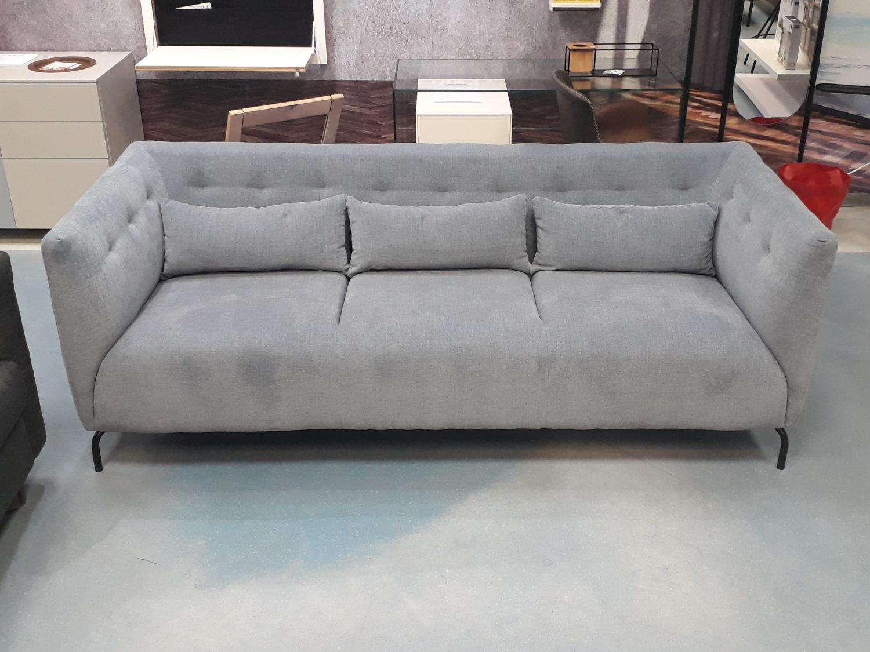Full Size of 3 Sitzer Sofa Mit Relaxfunktion Bettfunktion Schlaffunktion Leder Ikea Poco Elektrisch Troels Coausstellungsstck Wohndesigner Berlinde Dreisitzer Himolla Sofa 3 Sitzer Sofa