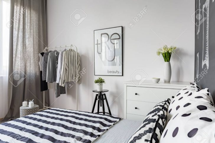 Medium Size of Amerikanisches Bett Romantisches Niedrig Ruf Kopfteil Massivholz Betten Bei Ikea Clinique Even Better Make Up 140x200 Weiß überlänge Rauch Berlin Bett Schwarzes Bett