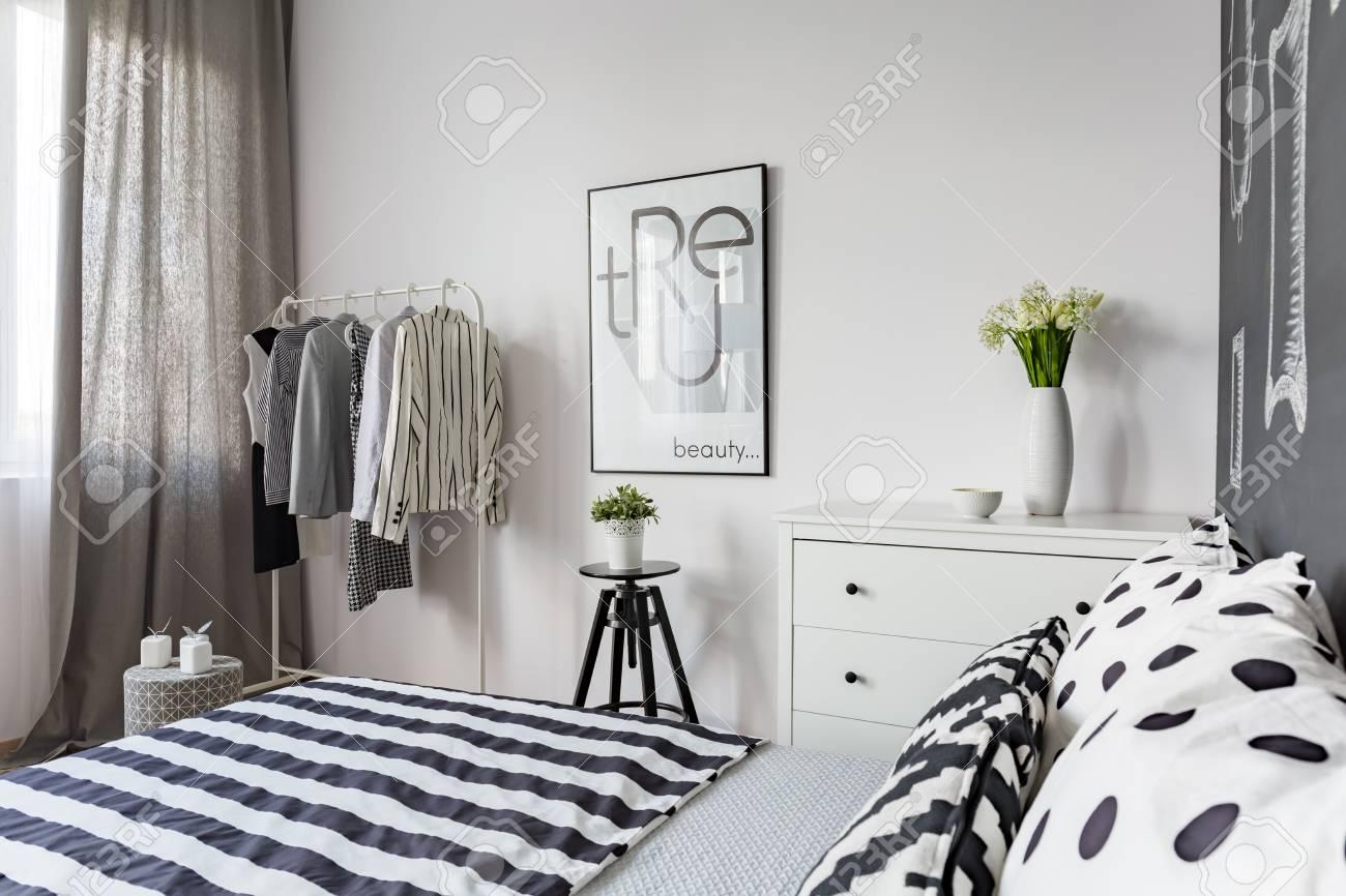 Full Size of Amerikanisches Bett Romantisches Niedrig Ruf Kopfteil Massivholz Betten Bei Ikea Clinique Even Better Make Up 140x200 Weiß überlänge Rauch Berlin Bett Schwarzes Bett