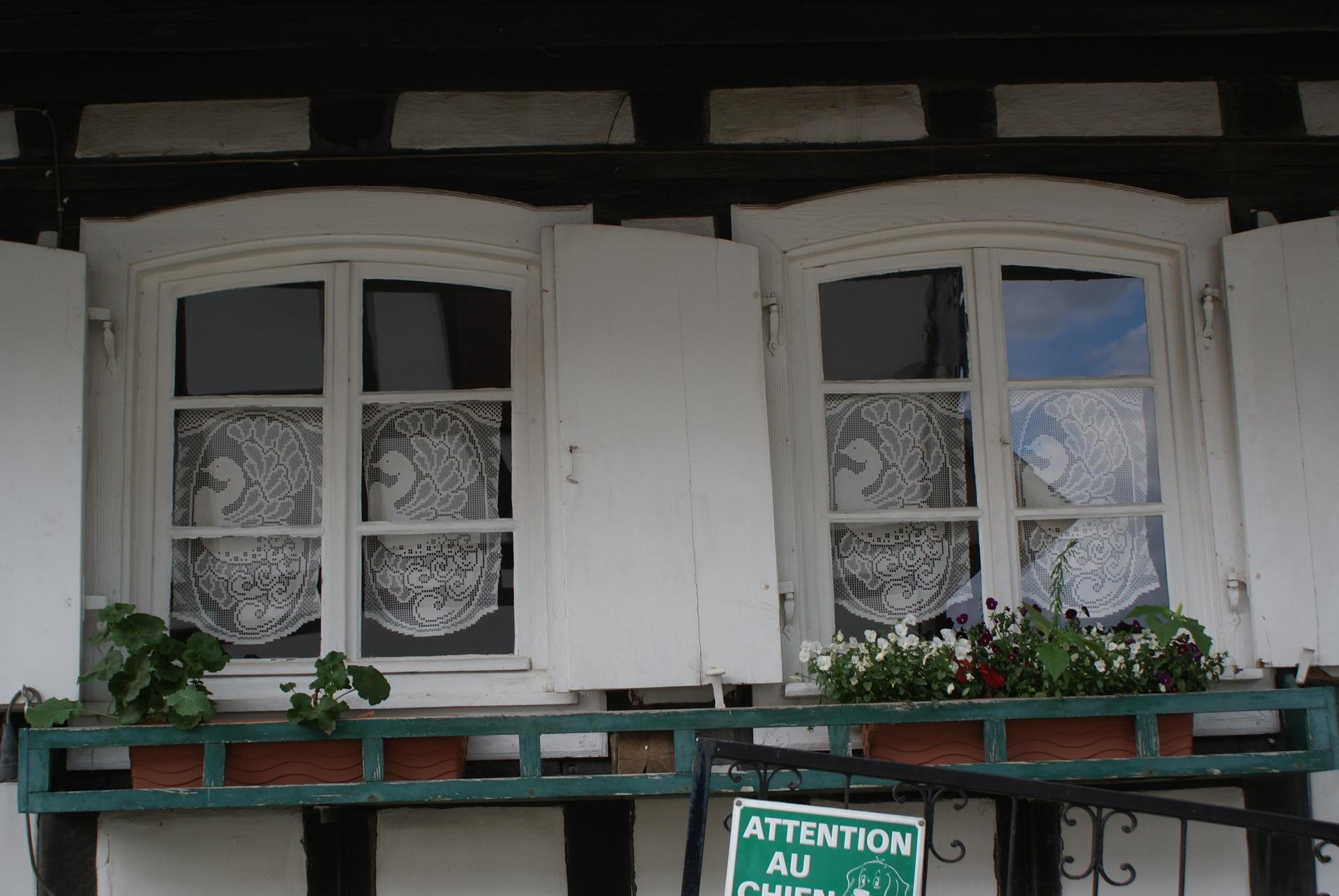 Full Size of Fenster Rc3 Maße Folie Für Schüco Online Konfigurator Braun Kaufen Sonnenschutz Außen Folien Pvc Wärmeschutzfolie Winkhaus Schüko Einbauen Flachdach Fenster Fenster Austauschen