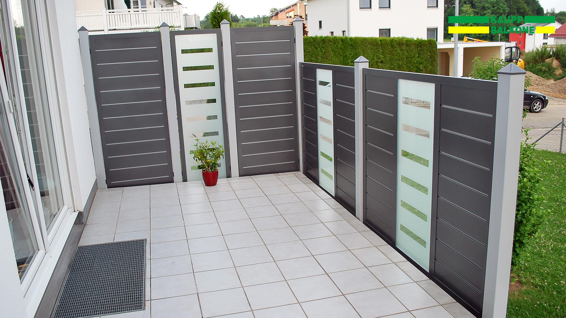 Full Size of Trennwand Garten Selber Bauen Sichtschutz Metall Rost Hornbach Kunststoff Obi Schweiz Bauhaus Holz Kaufen Glas Ikea Wpc Anthrazit Alu Pulverbeschichtet Garten Trennwand Garten