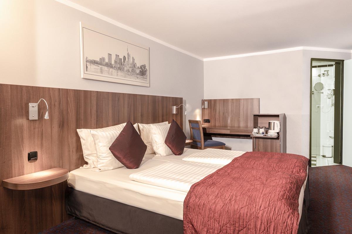 Full Size of Betten Frankfurt Zimmer Ramada Hotel City Centre Financial District Balinesische Schlafzimmer Gebrauchte Amerikanische Joop Mit Aufbewahrung Bock Ruf Bett Betten Frankfurt