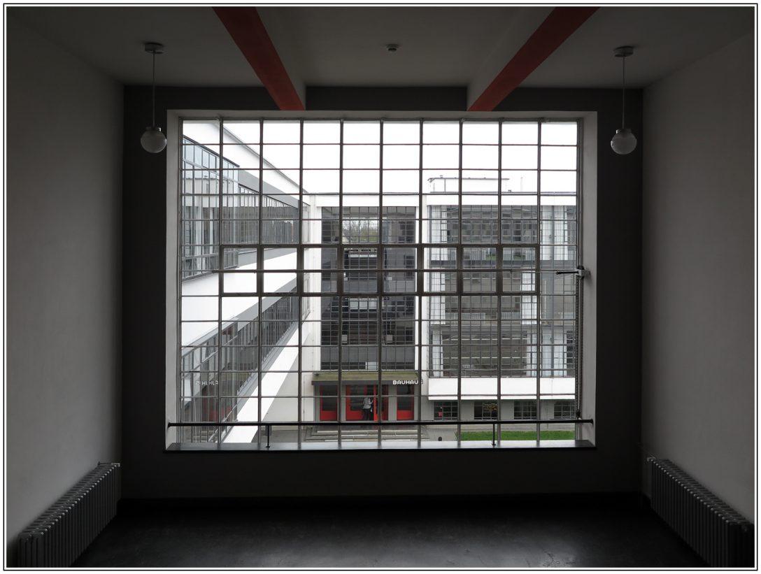 Large Size of Bauhaus Fenster Dessau Foto Bild Deutschland Ebay Dreh Kipp Insektenschutz Ohne Bohren Kunststoff Stores Austauschen Kosten Gardinen Neue Einbauen Velux Preise Fenster Bauhaus Fenster