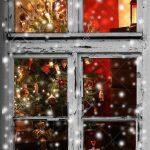 Weihnachtsbeleuchtung Fenster Durch Eine Holzhtte Gesehen Roro Einbruchschutz Nachrüsten Konfigurator Sicherheitsfolie Maße Veka Preise Preisvergleich Fenster Weihnachtsbeleuchtung Fenster