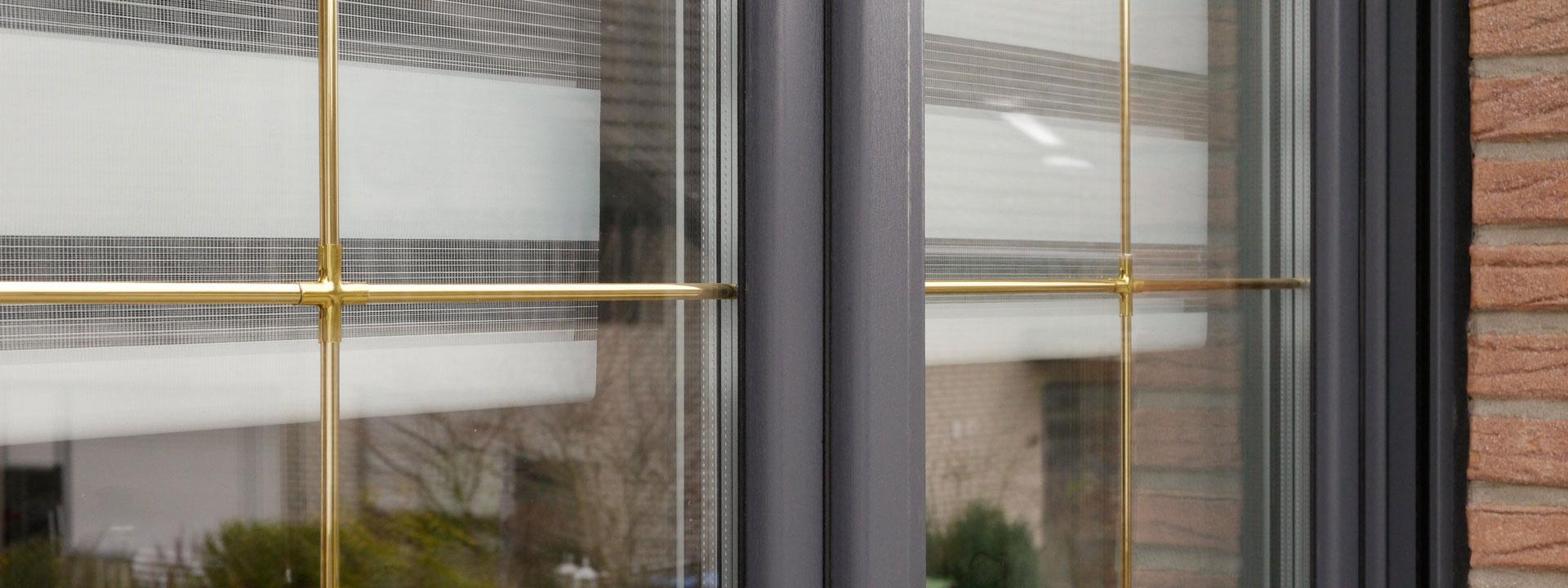 Full Size of Fenster Mit Sprossen Innenliegend Kosten Landhausstil Und Rollladen Preisunterschied Preise Innenliegenden Anthrazit Preis Aachen Kunststofffenster Holzfenster Fenster Fenster Mit Sprossen
