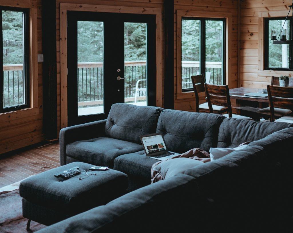 Full Size of Modernes Sofa So Findest Du Das Passende Perspektief Cognac Leder Flexform Xxl Grau Liege Bezug Mit Recamiere Big Garnitur 2 Teilig Xxxl Bett Schlaffunktion Sofa Modernes Sofa