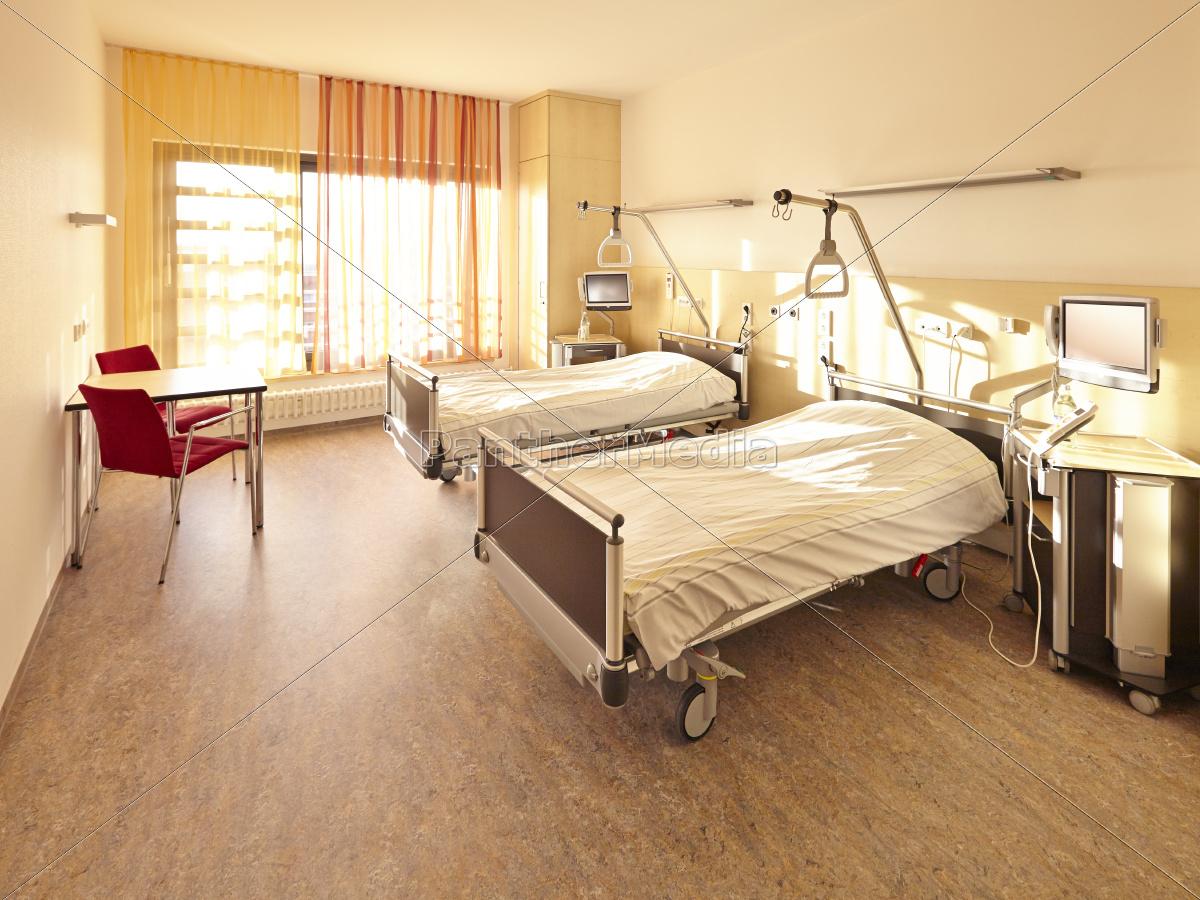 Full Size of Krankenhaus Bett Doppelzimmer Stock Photo 11040418 120 Ebay Betten 180x200 200x200 Mit Bettkasten Wickelbrett Für Poco 120x200 Schreibtisch Breckle Nolte Bett Krankenhaus Bett