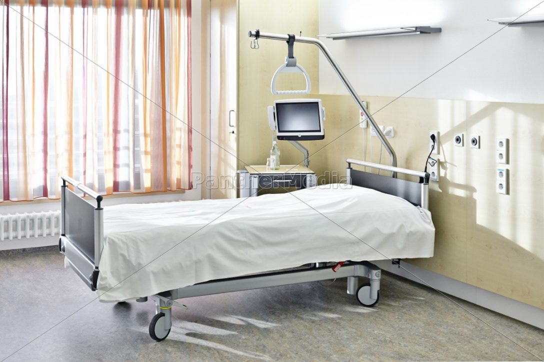 Large Size of Zimmer Bett Krankenhaus Lizenzfreies Foto 11040520 Hoch Schlafzimmer Betten Paradies 140x200 Kinder Schramm Grau Jabo Billige Graues Mädchen Mit Hohem Bett Krankenhaus Bett