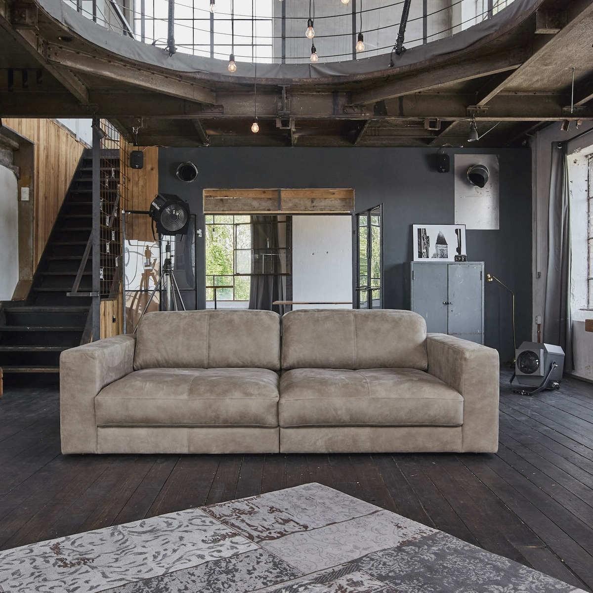 Full Size of Leder Couch Cognac 3 Sitzer Sofa Ikea Koinor Pflege Ledersofa Kaufen Chesterfield Leather Set Braun Gebraucht 3er Hausmittel Vintage Ecksofa 2 Gigant 4 295cm Sofa Leder Sofa