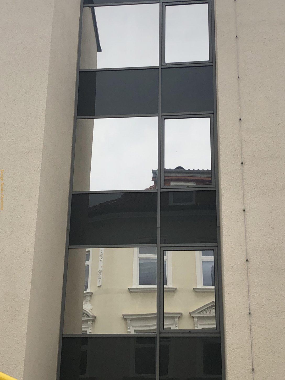 Large Size of Einbruchschutz Fenster Folie Sonnenschutz Profi Chemnitz Weru Folien Für Marken Verdunkelung Kbe Köln Zwangsbelüftung Nachrüsten Standardmaße Schräge Fenster Einbruchschutz Fenster Folie
