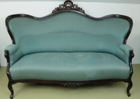 Antikes Sofa