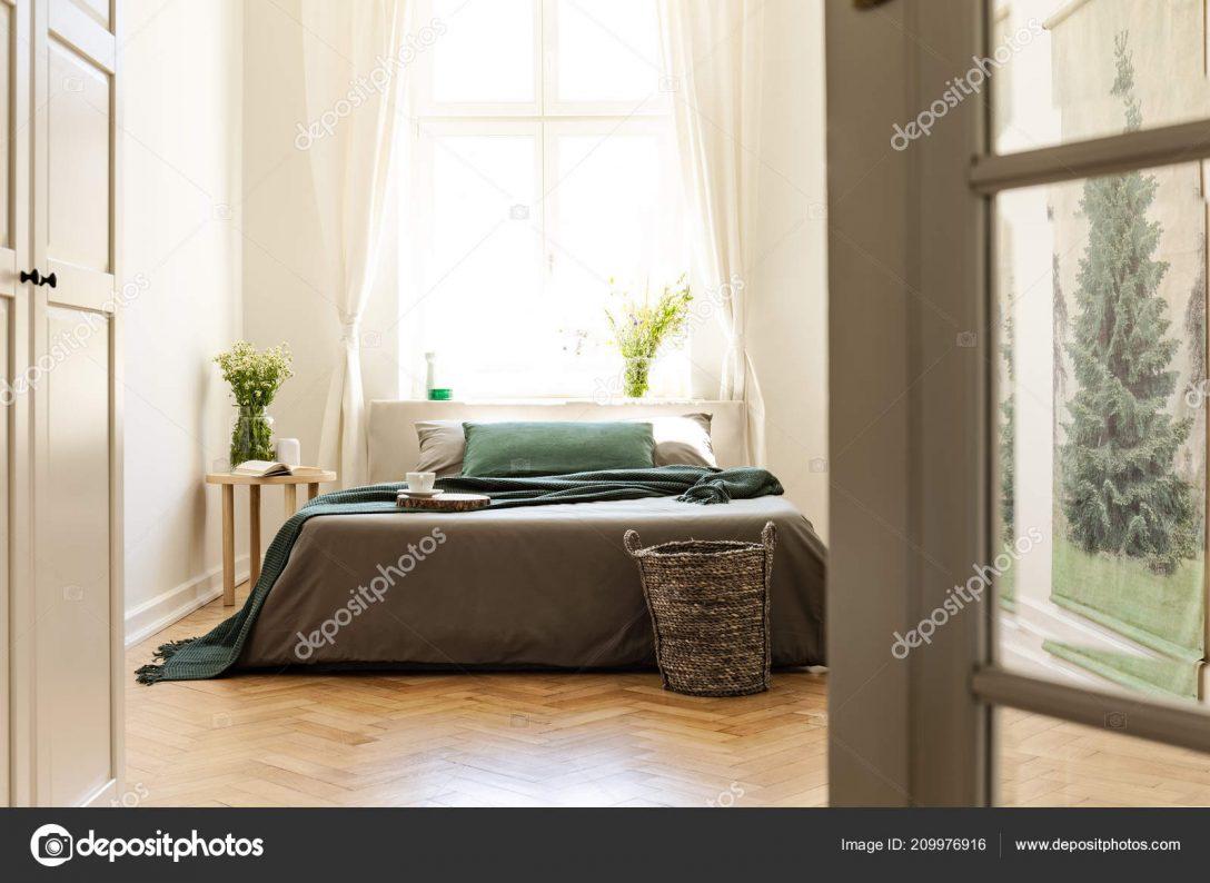 Large Size of Graues Bett Ikea Kombinieren Bettlaken 180x200 120x200 Waschen Welche Wandfarbe 160x200 Samtsofa 140x200 Grne Auf Graue Innen Minimal Schlafzimmer Mit Blumen Bett Graues Bett