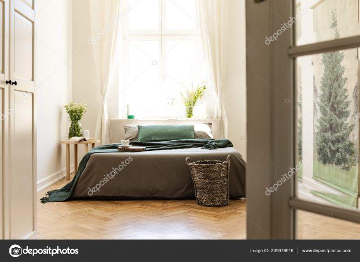Medium Size of Graues Bett Ikea Kombinieren Bettlaken 180x200 120x200 Waschen Welche Wandfarbe 160x200 Samtsofa 140x200 Grne Auf Graue Innen Minimal Schlafzimmer Mit Blumen Bett Graues Bett