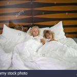 Mädchen Betten Bett Mdchen In Weien Betten Bett Zusammen Stockfoto Tagesdecken Für Musterring Günstig Kaufen Hasena Köln Tempur Düsseldorf Bei Ikea De Rauch 140x200 Weiß