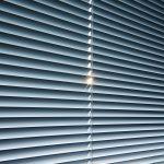 Schräge Fenster Abdunkeln Fenster Fenster Abdunkeln 6 Tipps Fr Einen Erholsamen Schlaf Fliegengitter Für Rc3 Einbruchschutzfolie Runde Erneuern Mit Lüftung Sichtschutzfolie Einseitig