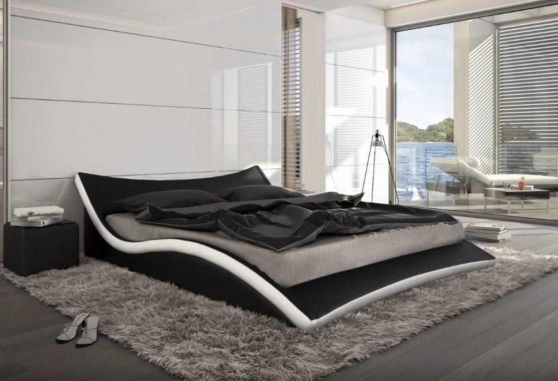 Large Size of Gebrauchte Betten Weißes Bett 90x200 Bette Floor Lattenrost Wildeiche Landhausstil Esstisch Weiß Ausziehbar Kopfteil Für Podest 80x200 Mit Schubladen Bett Bett Schwarz Weiß