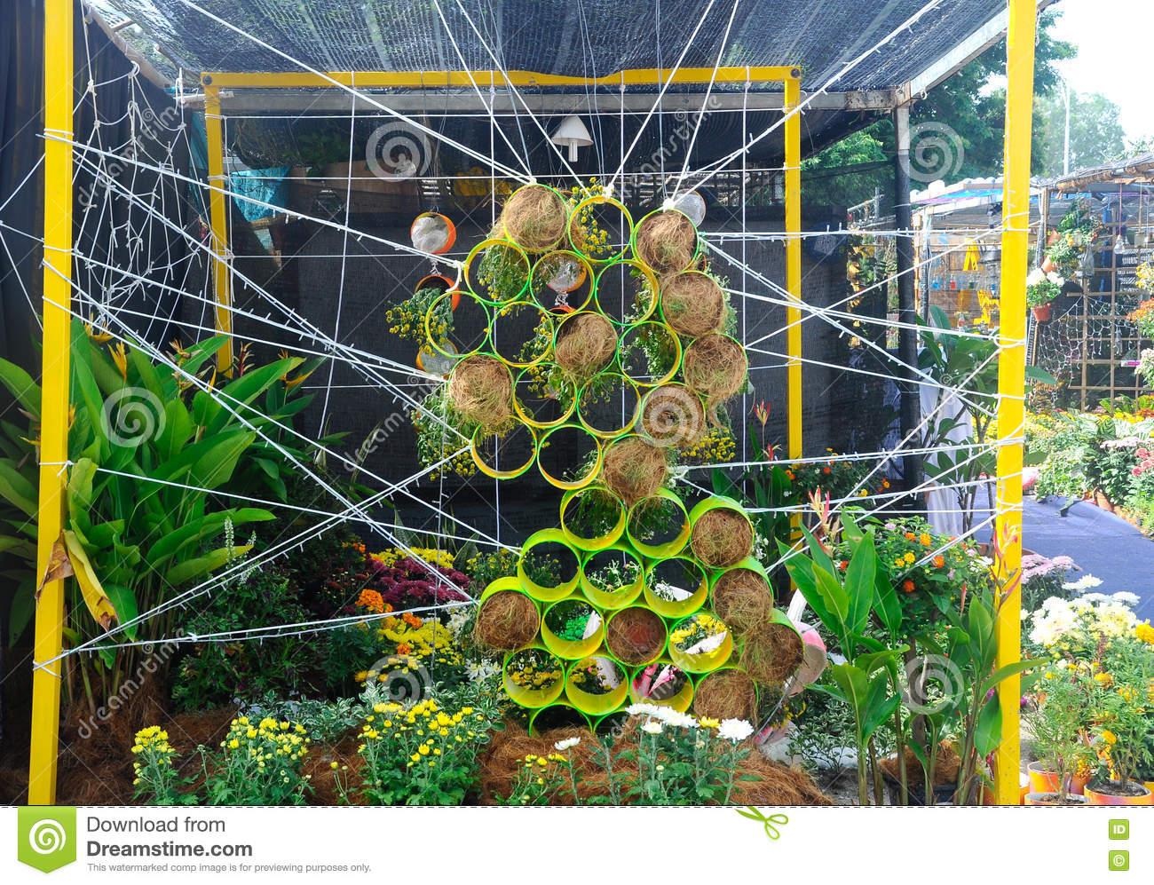 Full Size of Vertical Indoor Led Pdf Images Diy Vertikal Adalah Garten Balkon Pots Systems Kit Vegetables Innen Amazon Tower Vegetable Plants Pflanzen Von Blumen Und Gemse Garten Vertikal Garten
