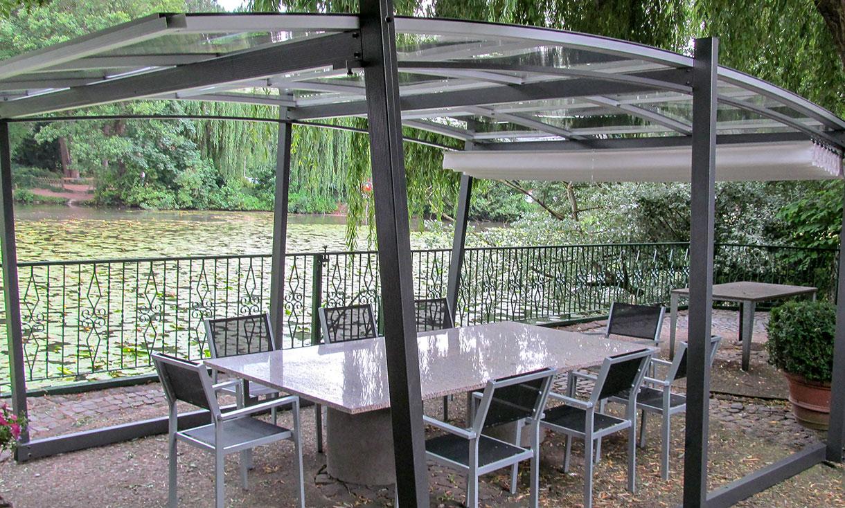 Full Size of Gartenüberdachung Freistehende Pergola Mit Transparentem Dach Sakura Garten Gartenüberdachung