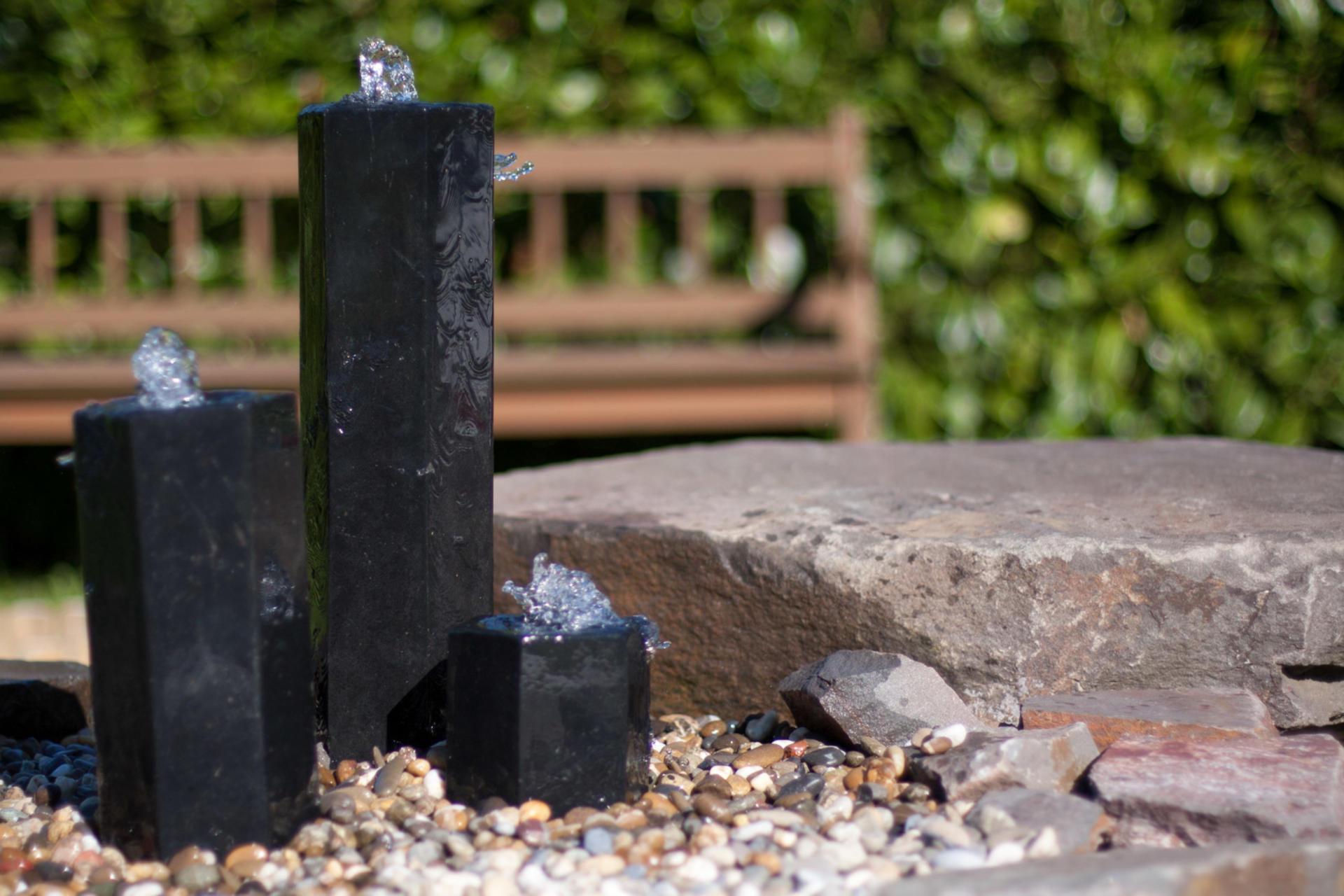 Full Size of Wasserbrunnen Garten Brunnen Stein Antik Kaufen Rund Moderne Solar Gartenbrunnen Steinoptik Steine Solarbetrieben Obi Selber Bauen Kandelaber Kletterturm Tisch Garten Wasserbrunnen Garten