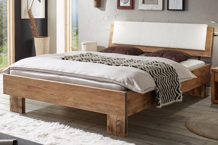 Medium Size of Bett Massiv 180x200 160x200 Mit Lattenrost Und Matratze 140x200 Kiefer 90x200 Flach Halbhohes Betten Ikea Modern Design 200x200 Bettkasten Jugend Ruf Bett Bett Vintage
