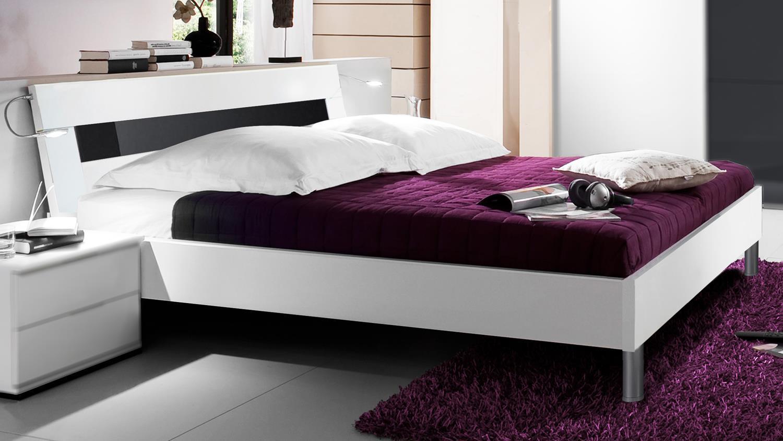 Full Size of Bett Schwarz Weiß Futonbett Easy Beds C 180x200cm In Wei Und Glas Betten Landhausstil 160x200 120x200 Gebrauchte Luxus Tempur überlänge Roba Münster Bad Bett Bett Schwarz Weiß