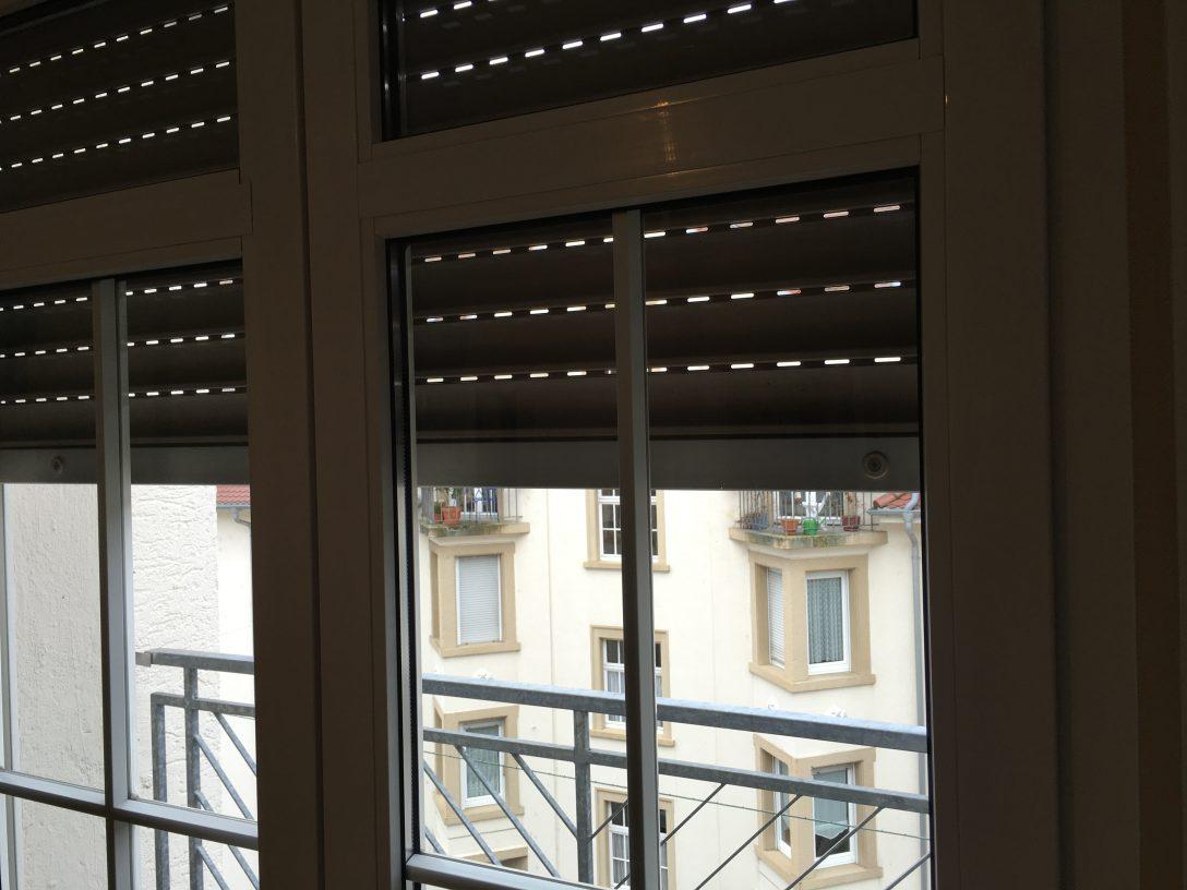 Large Size of Ein Rollo Am Dachfenster Befestigen Fenster Erneuern Kosten Meeth 120x120 Mit Rolladen Insektenschutzrollo Abdichten Sicherheitsbeschläge Nachrüsten Kbe Fenster Fenster Rollos