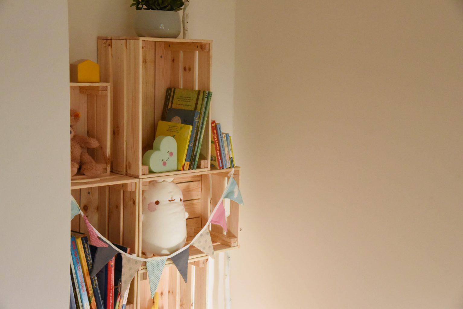 Full Size of Bücherregal Kinderzimmer Diy Regal Aus Holz Ikea Hack Mit Knagligg Regale Sofa Weiß Kinderzimmer Bücherregal Kinderzimmer