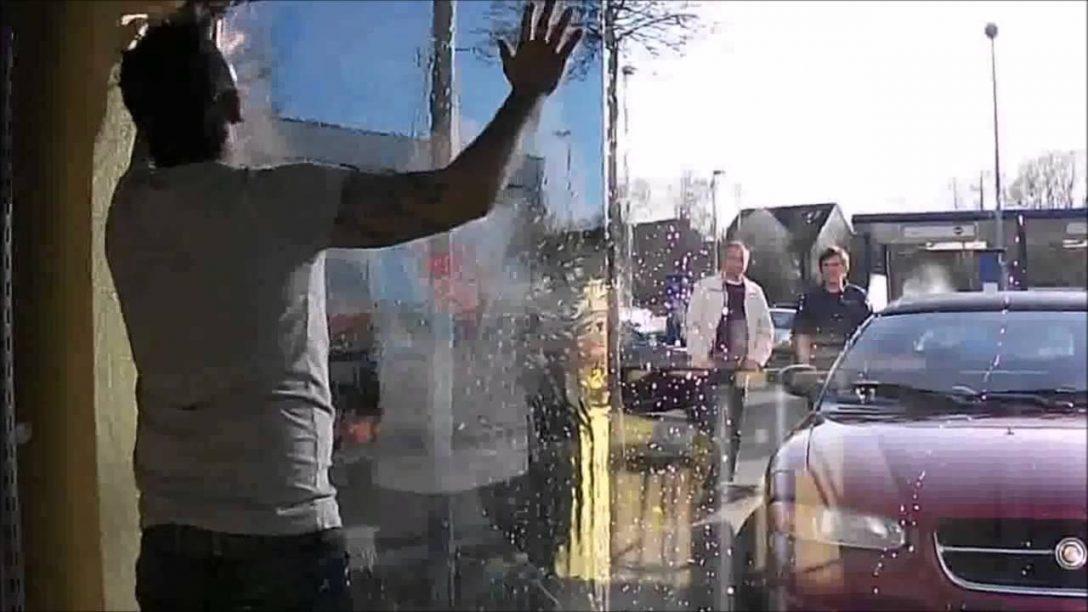 Large Size of Spiegelfolie Test Fr Das Schnelle Spiegelbild Ohne Schweres Fenster Veka Sicherheitsfolie Einbruchschutz Winkhaus Rolladen Alarmanlagen Für Und Türen Rc 2 Fenster Wärmeschutzfolie Fenster