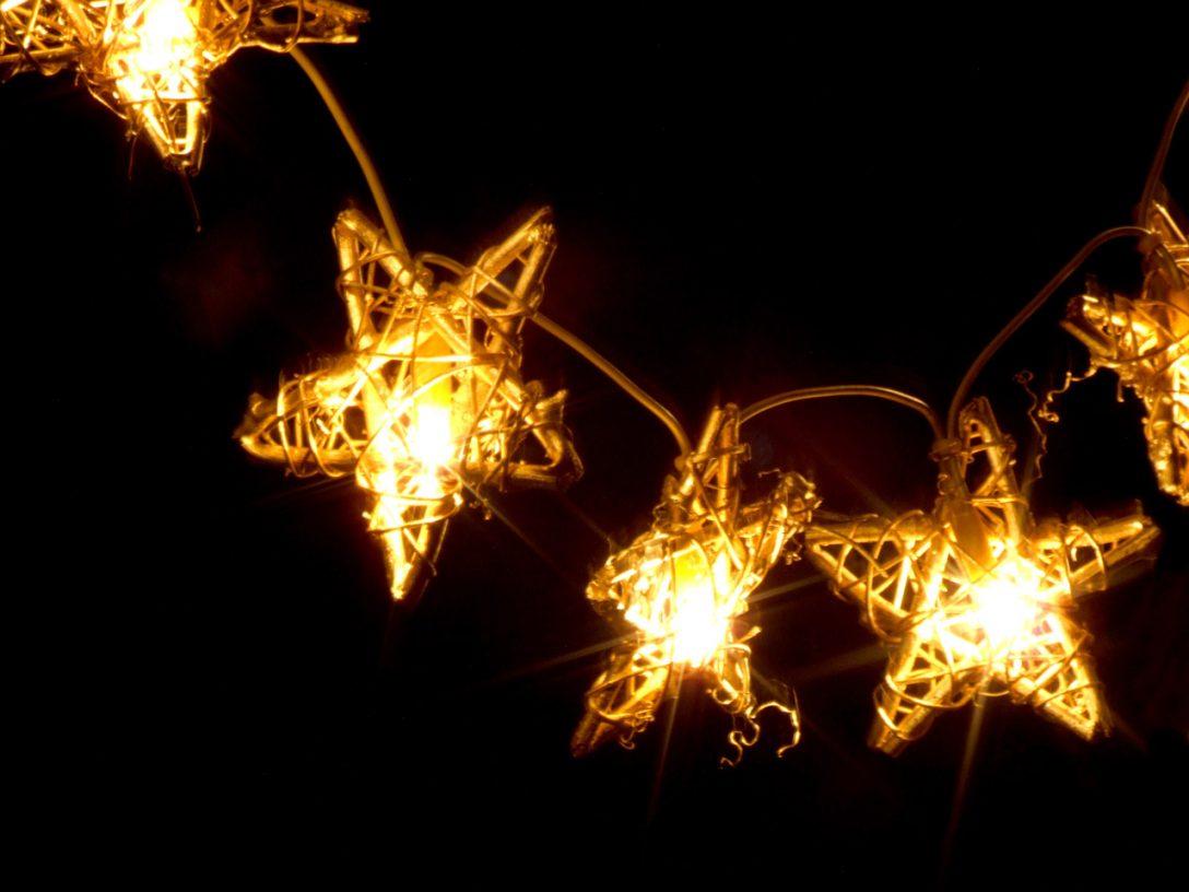 Large Size of Weihnachtsbeleuchtung Fenster Mit Lichterketten Kreative Tipps Dreh Kipp Aron Einbauen Kosten Insektenschutz Für Einbruchschutzfolie Jalousien Bodentiefe Fenster Weihnachtsbeleuchtung Fenster