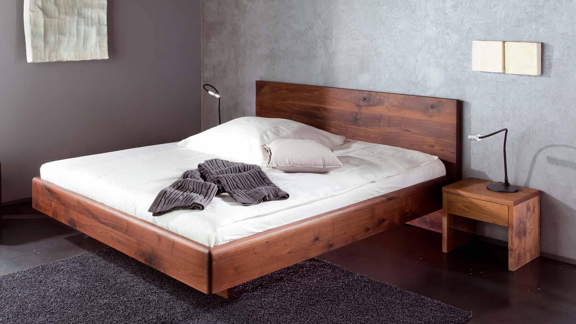 Full Size of Betten Holz Holzbetten Dsseldorf Massivholzbett Esstisch Massiv Außergewöhnliche Berlin Ottoversand Hamburg Unterschrank Bad Holzfliesen Küche Weiß Bett Betten Holz