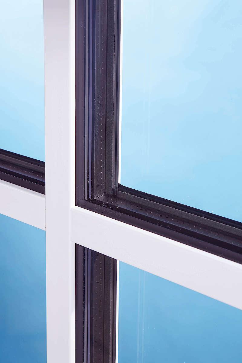 Full Size of Fenster Mit Sprossen Dreifachverglasung Betten Bettkasten Polnische Esstisch Stühlen Jalousien Rolladen Plissee Bauhaus Küche Elektrogeräten Günstig Bett Fenster Fenster Mit Sprossen