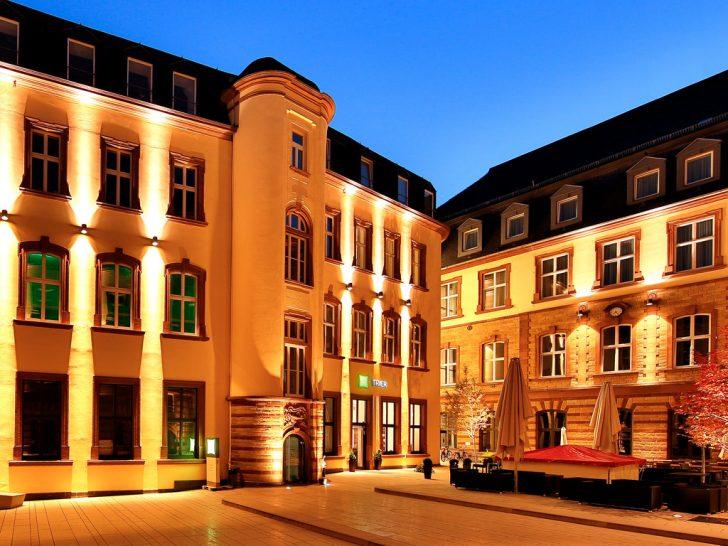 Medium Size of Gnstiges Hotel Trier Altstadt Ibis Styles Accor Fenster Hannover Jalousie Innen 3 Fach Verglasung Landhaus Dampfreiniger Plissee Jemako Köln Türen Fenster Fenster Trier