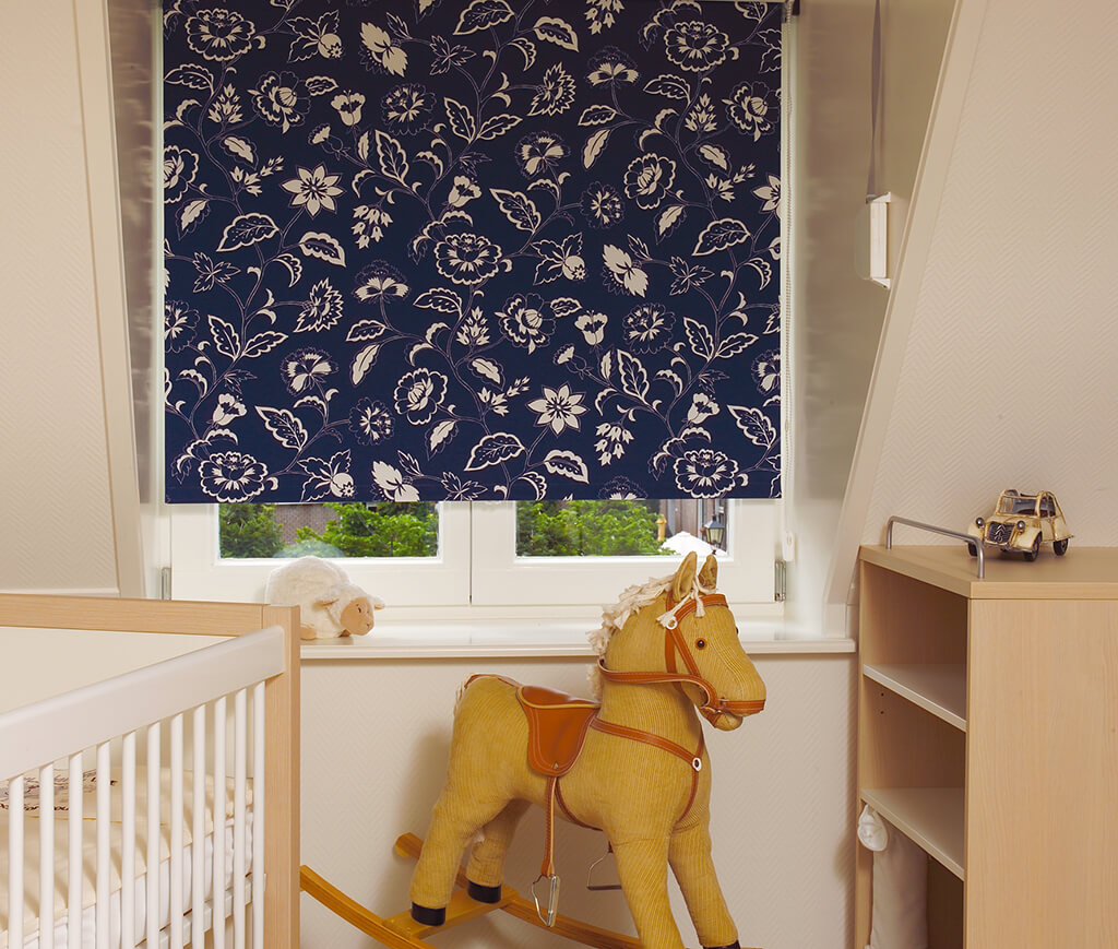 Full Size of Raffrollo Kinderzimmer Rollos Und Plissees Mit Motiven Regal Sofa Weiß Regale Küche Kinderzimmer Raffrollo Kinderzimmer
