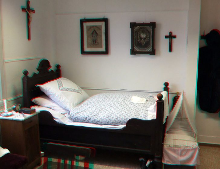 Medium Size of Altes Bett Bentigt Ein Tool Aus Dem Letzten Bild Foto 140x200 Betten 200x220 2x2m Kolonialstil 220 X Mit Unterbett Flach 140 100x200 Günstig Paidi 180x200 Bett Altes Bett