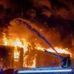 Betten Düsseldorf Ein Feuerwehrmann Lebensgefhrlich Verletzt Explosionen Mit Zwei Bettkasten Jensen 200x200 180x200 Kinder Ruf Möbel Boss Meise Rauch Bett Betten Düsseldorf