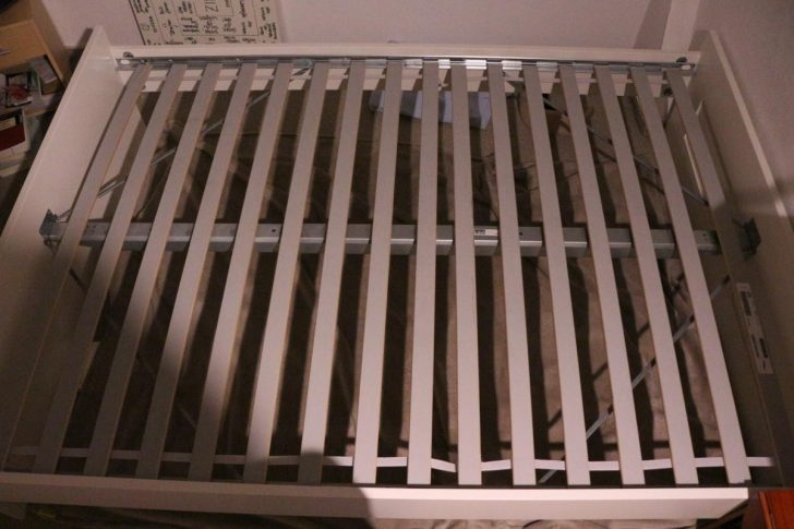 Medium Size of Bett Lattenrost Einstellen 90x200 Mit Und Matratze 140x200 Quietscht Gummi Flexa Knarrt Ikea Elektrisch Verstellbarem Knarren Weißes 140 Moebel De Betten Bett Bett Lattenrost
