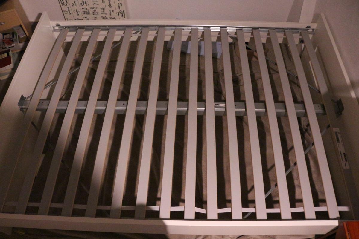 Full Size of Bett Lattenrost Einstellen 90x200 Mit Und Matratze 140x200 Quietscht Gummi Flexa Knarrt Ikea Elektrisch Verstellbarem Knarren Weißes 140 Moebel De Betten Bett Bett Lattenrost