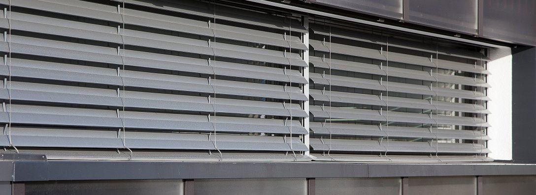 Large Size of Sonnenschutz Fenster Fr Auen Rolladen Nachträglich Einbauen Klebefolie Für Drutex Auto Folie Rundes Stores Marken Schüko Türen Konfigurator Abus Kbe Runde Fenster Sonnenschutz Fenster