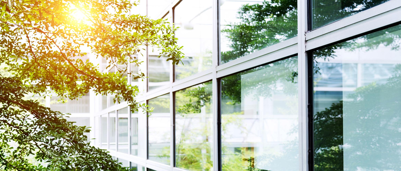 Full Size of Sonnenschutzfolie Fenster Innen Baumarkt Doppelverglasung Montage Entfernen Selbsthaftend Oder Aussen Hitzeschutzfolie Sonnenschutzfolien Fr Und Auen Heindl Fenster Sonnenschutzfolie Fenster Innen