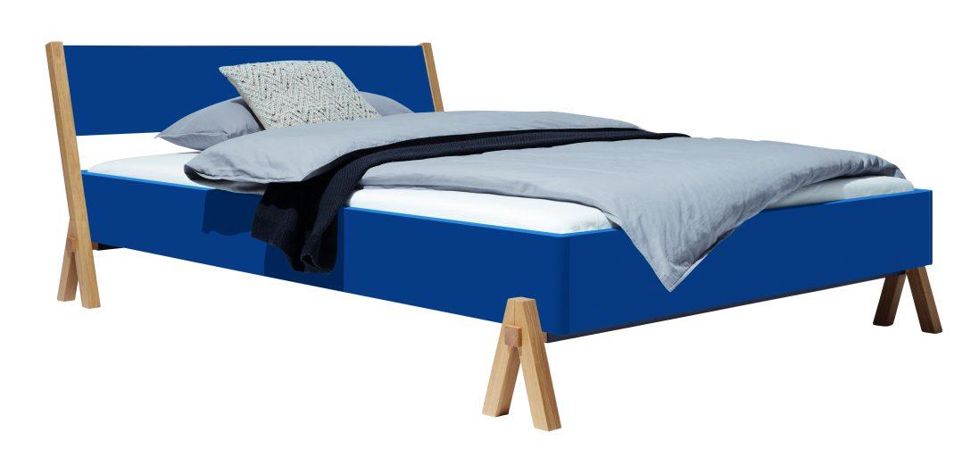 Large Size of Bett Minimalistisch 200x200 Mit Bettkasten Schwarz Weiß 140x200 Flexa Betten Holz Rauch Unterbett Bopita Japanisches Bette Floor Somnus Schubladen Bett Bett Minimalistisch