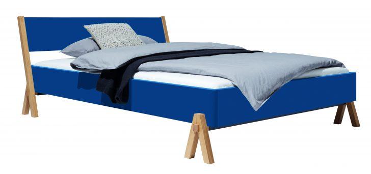 Medium Size of Bett Minimalistisch 200x200 Mit Bettkasten Schwarz Weiß 140x200 Flexa Betten Holz Rauch Unterbett Bopita Japanisches Bette Floor Somnus Schubladen Bett Bett Minimalistisch