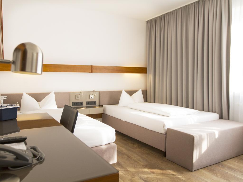 Full Size of Betten Frankfurt Parkside Hotel Deutschland Am Main Bookingcom Für übergewichtige Günstig Kaufen 180x200 Mit Schubladen Ruf Fabrikverkauf Ohne Kopfteil Xxl Bett Betten Frankfurt