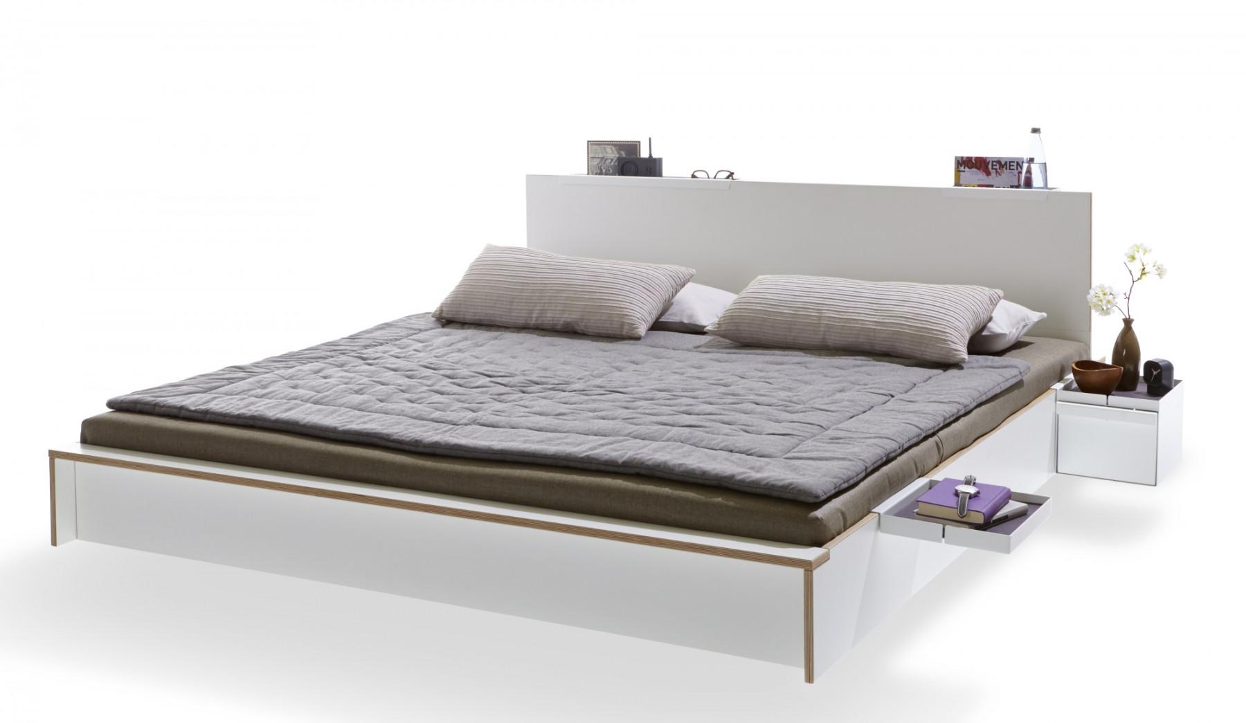 Full Size of Bett Im Schrank Matratze 90x200 Weiß Stauraum 160x200 Flexa Betten überlänge Jabo 120x200 Tagesdecke 140x200 Tempur Mit Schubladen Bettkasten Massivholz Bett Bett 160x220