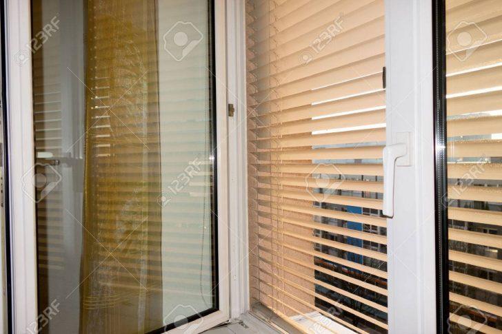 Medium Size of Sicherheitsbeschläge Fenster Nachrüsten Rc3 Veka Sonnenschutz Standardmaße Dänische Schüco Kaufen Auf Maß Mit Integriertem Kunststoff Nachträglich Fenster Fenster Sonnenschutz