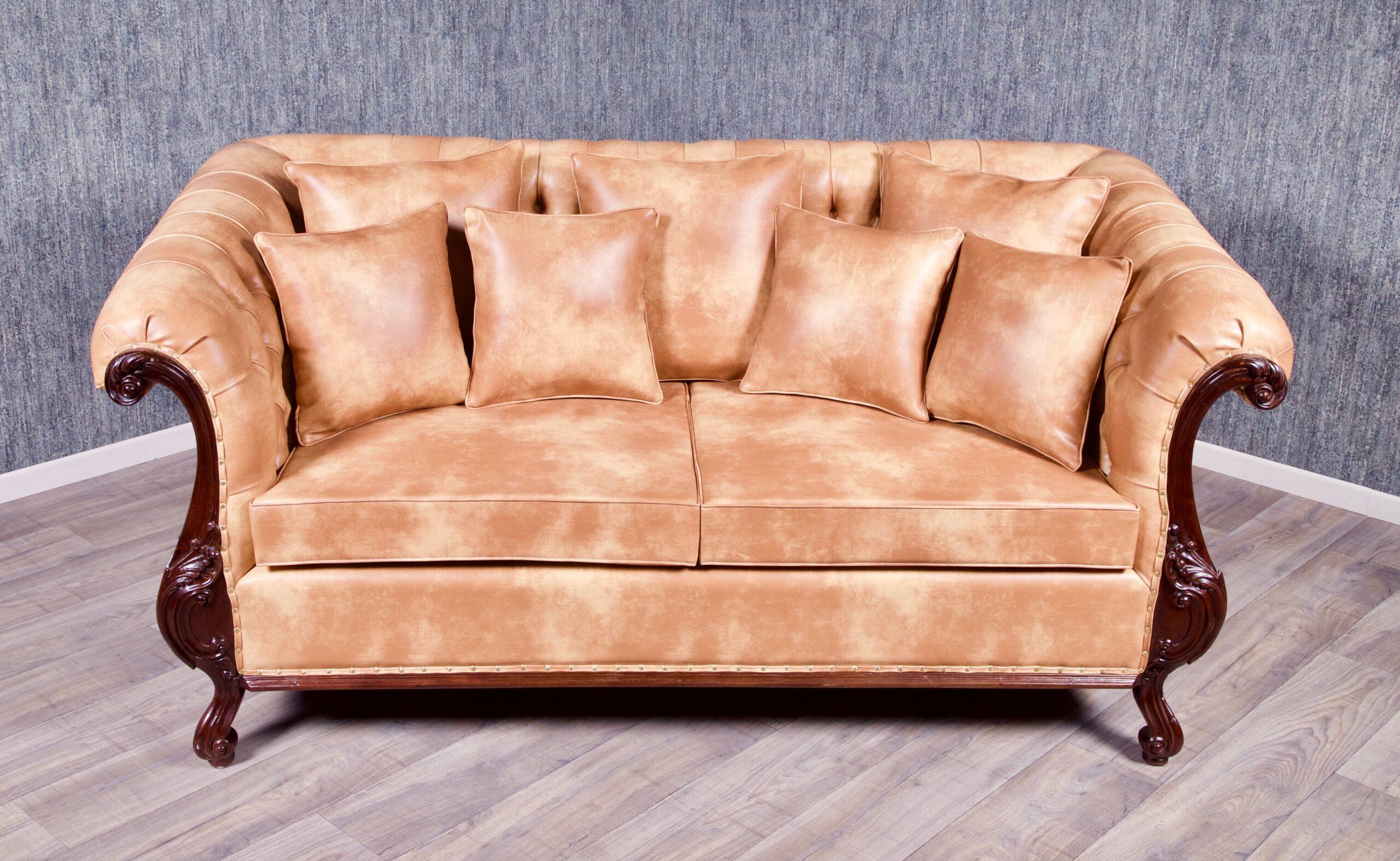 Full Size of Sofa Antik Couch Gebraucht Malaysia Kaufen Schweiz Stil Chesterfield 3 Sitzer Kolonial Braun Sofas Big Sam Leder Patchwork Garnitur Konfigurator Cassina Mit Sofa Sofa Antik