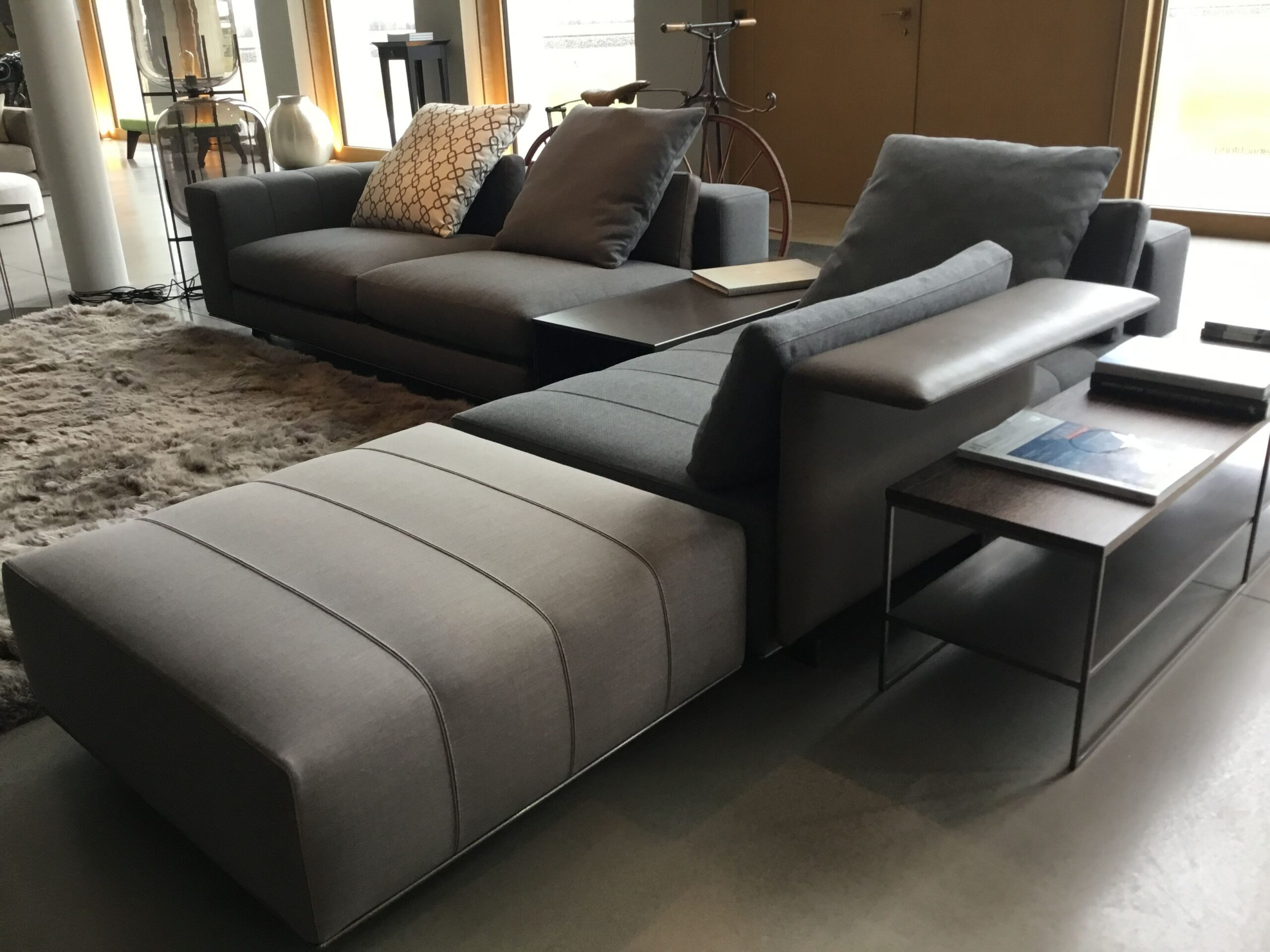 Full Size of Minotti Indiana Sofa Alexander Dimensions Freeman Lawrence Seating System Andersen Range List For Sale Uk Hamilton Used Cad Block Cost Bed Sales Joachim Wagner Sofa Minotti Sofa
