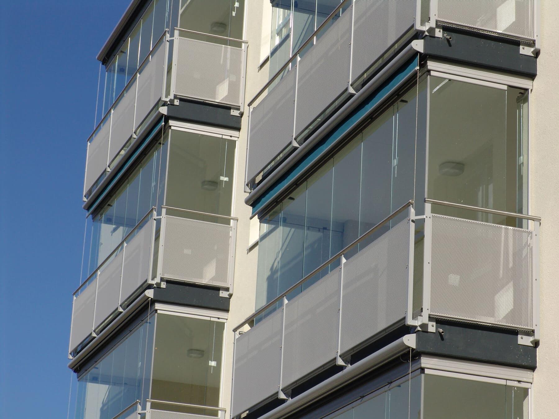 Full Size of Rahmenlose Fenster Schiebefenster Als Balkonverglasung Sonnenschutz Für Sichtschutzfolien Bodentiefe Klebefolie Zwangsbelüftung Nachrüsten Schüco Alu Fenster Rahmenlose Fenster