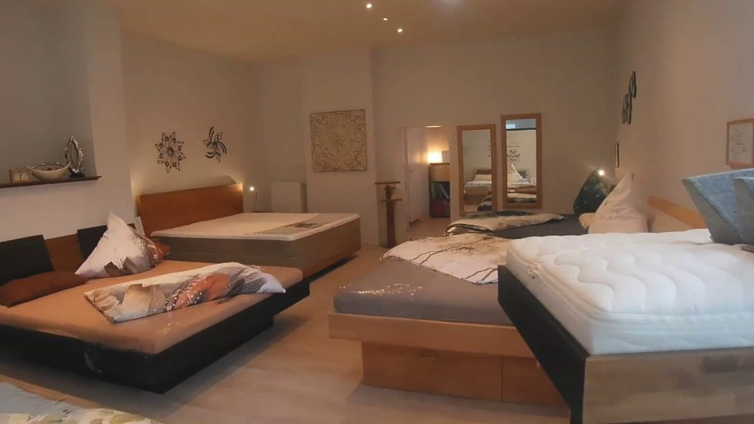 Large Size of Betten Düsseldorf 160x200 120x200 Hamburg Massivholz Günstig Kaufen Schlafzimmer Jensen Außergewöhnliche 140x200 Weiß Xxl Bonprix Designer 100x200 Breckle Bett Betten Düsseldorf