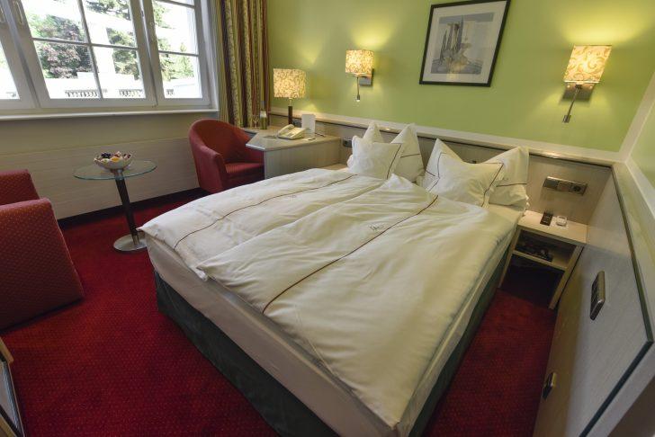 Medium Size of Hotel Landhaus Alpinia Bett Matratze Joop Betten Sonoma Eiche 140x200 80x200 160x200 Mit Lattenrost Und Weiß Hasena Tagesdecken Für Himmel 180x200 Bettkasten Bett Bett 1.40